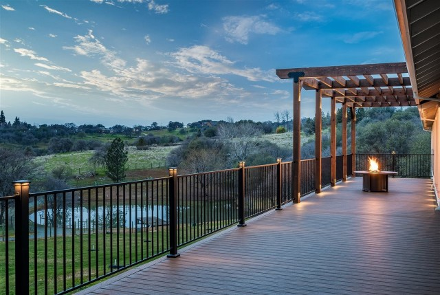 Deck Building Products That Sidestep Sky-high Lumber Prices